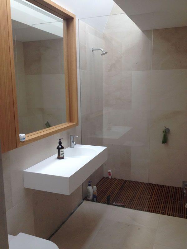 frameless-shower-screen-panel95A848B1-599E-BB1E-C8C8-0F501A6E1AE0.jpg