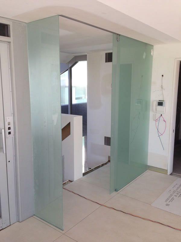 hafele-sliding-door0217F2A6-E0E1-2B95-309D-F5A75C799246.jpg