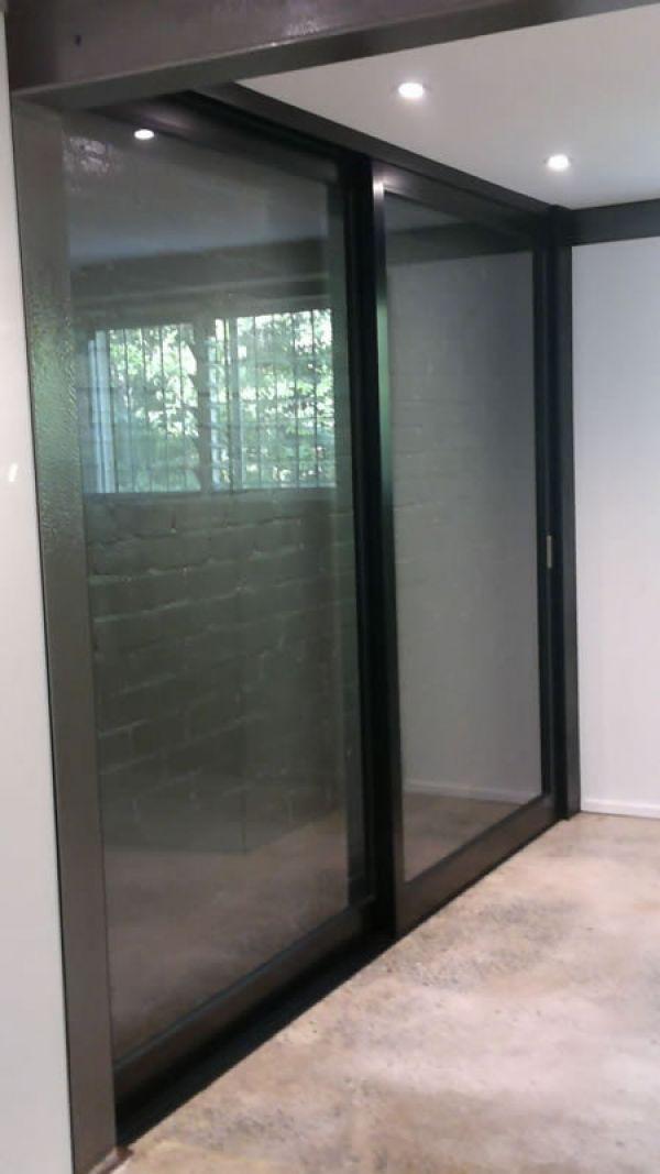 glass-door-wall9F653306-132E-B886-B604-F1DA9837B5E0.jpg