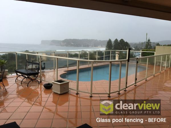 glass-pool-fencing-before48EE3606-7B84-63BE-A763-7F161D7E7F93.jpg