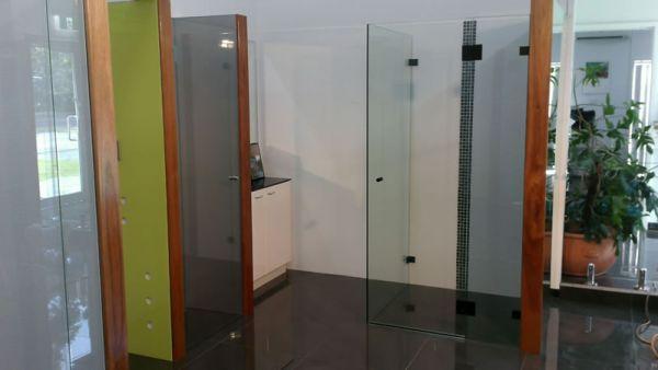 showerscreens31577E4EF-B666-E8D7-5C4D-490E59732507.jpg