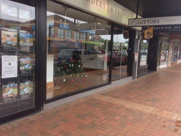 shopfront-at-east-gosford-3-0029BC60F32-DC82-098F-F593-ED3829B9C3F7.jpg